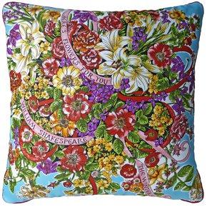 The-Winter's-Tales_Vintage-Cushions_Treniq_0