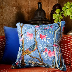 Bird-Of-Paradise_Vintage-Cushions_Treniq_0