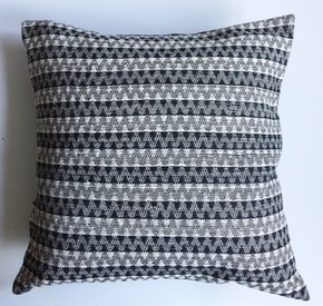 Black-White-Chevron-Handwoven-Cotton-Cushion-Cover_Anokha-Collection_Treniq_0