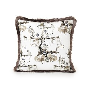Juggler-Quietly-Enchanting-Cushion_Ailanto-Design-By-Amanda-Ferragamo_Treniq_0
