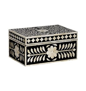 Imperial-Beauty-Large-Box-In-Black-And-White_Mela-Artisans_Treniq_0