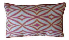 Centro Pillow #37