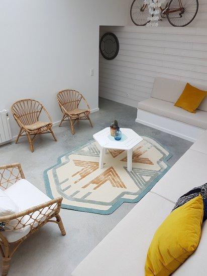 Frankee rug lifestyle