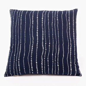 Wonky-Lines-Pattern-Cushion-(M)_Bluehanded-Ltd_Treniq_0