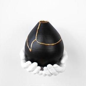 Large-Ronda-Vase-Black_Ayadee_Treniq_0