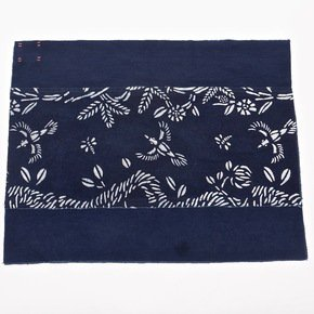 Birds-And-Bees-Pattern-Place-Mat_Bluehanded-Ltd_Treniq_0