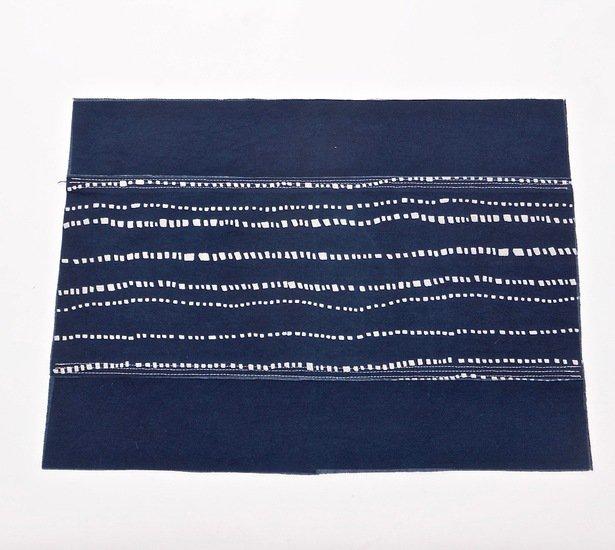 Wonky lines pattern place mat bluehanded ltd treniq 3 1538219513332