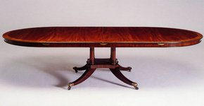 Mahogany-Single-Pedestal-Circ.-Dining-Table-_Arthur-Brett_Treniq_0