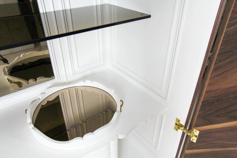 Haussmann cabinet alma de luce treniq 1 1539602307134