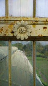 Victorian-Ironwork-Iii_Paola-De-Giovanni_Treniq_0
