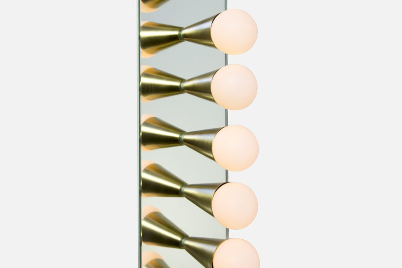 Echo 6 sconce souda brass 5
