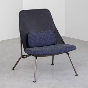 Strain Chair