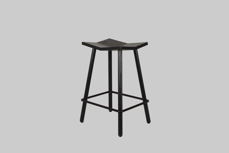 Mitre stool shaunkasperbauer souda 02