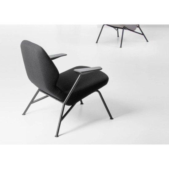 Trifidae easy chair prostoria (3)