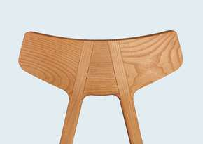 Yolee Chair