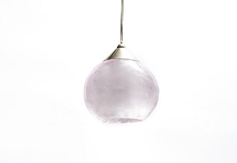 Old hollywood pendant lamp aya and john treniq 1