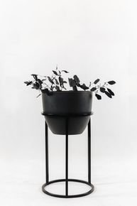 Black-Bloom-Flower-Stand_Un'common_Treniq_0