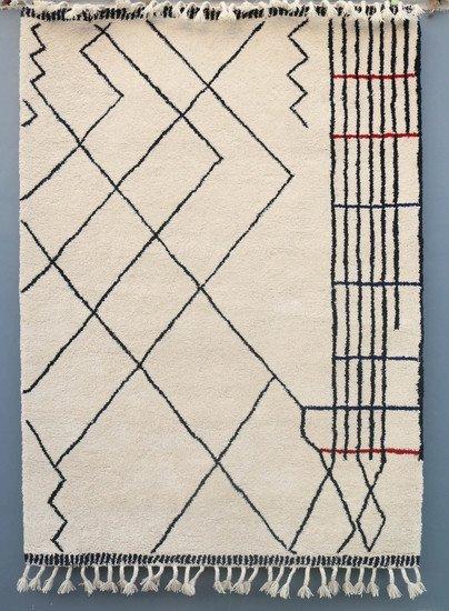 Moroccan tufted carpet meem rugs treniq 1 1552302294527