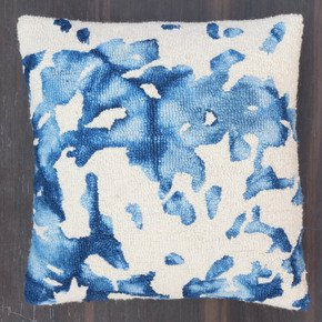 Tufted-Cushion-Cover_Meem-Rugs_Treniq_1