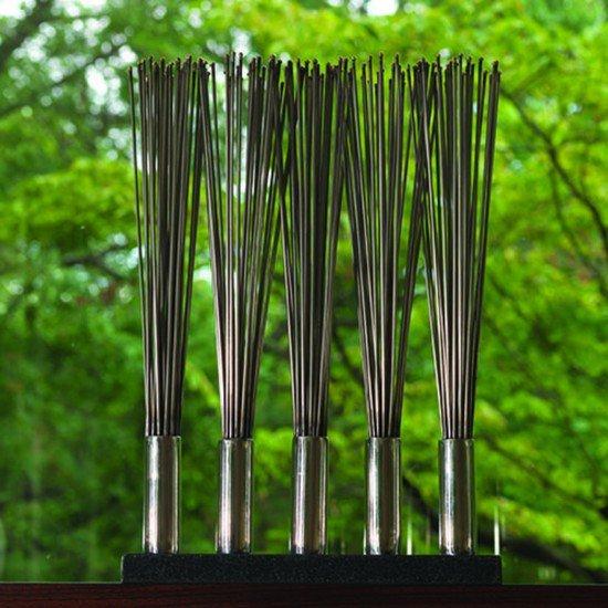 8.81583  brush sculpture