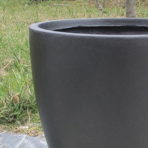 Contemporary Black Light Concrete Egg Planter74676