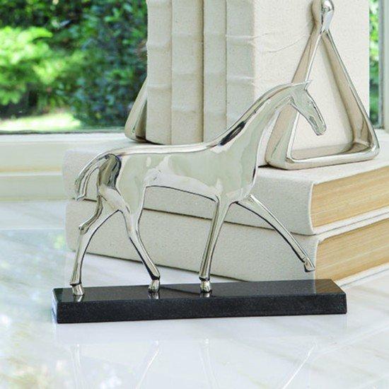 8.81678  equestrian sculpture