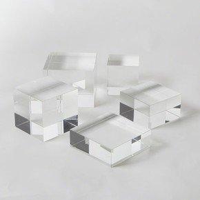 Crystal Cube Riser-Sm