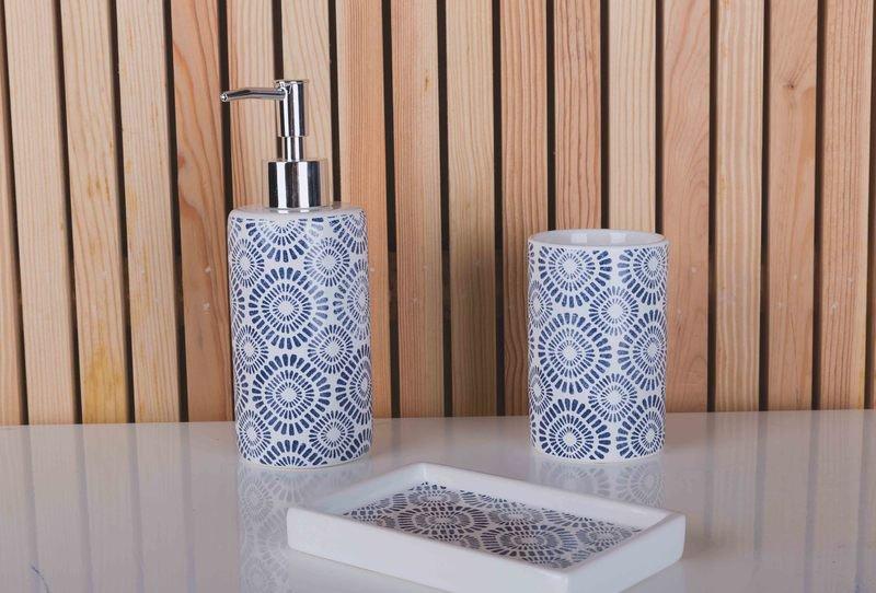 Indigo bath accessories