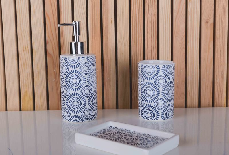 Indigo bath accessories
