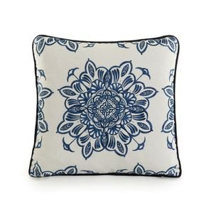 Venezia-Grande-Bleu-Piped-Cushion-_Ailanto-Design-By-Amanda-Ferragamo_Treniq_0