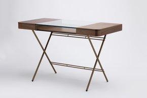 Cosimo-Desk-_Adentro_Treniq_0