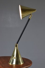 Unio-I-Ii-Contemporary-Handcrafted-Wireless-Brass-Lamp_Jonathan-Amar-Studio_Treniq_0