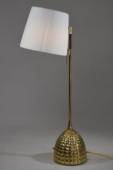 Infinitus vi contemporary brass table lamp jonathan amar studio treniq 1 1561652891770