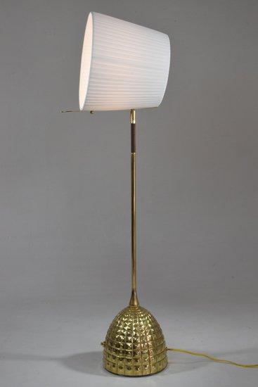 Infinitus vi contemporary brass table lamp jonathan amar studio treniq 1 1561652891769
