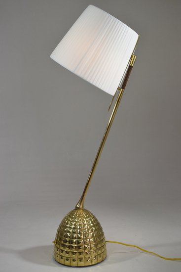 Infinitus vi contemporary brass table lamp jonathan amar studio treniq 1 1561652891773