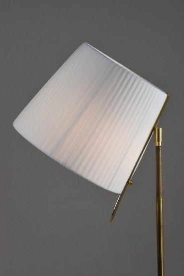 Infinitus i contemporary brass table lamp jonathan amar studio treniq 1 1561734618732