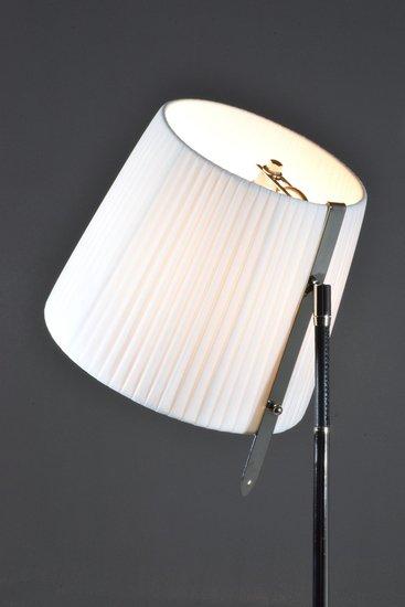 Infinitus i contemporary brass table lamp jonathan amar studio treniq 1 1561734690206