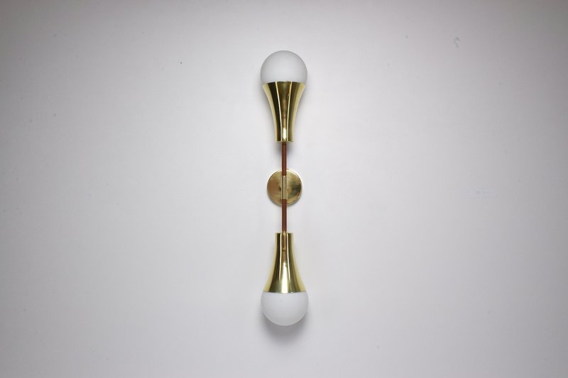 Ancora v contemporary brass wall light jonathan amar studio treniq 1 1562078810601