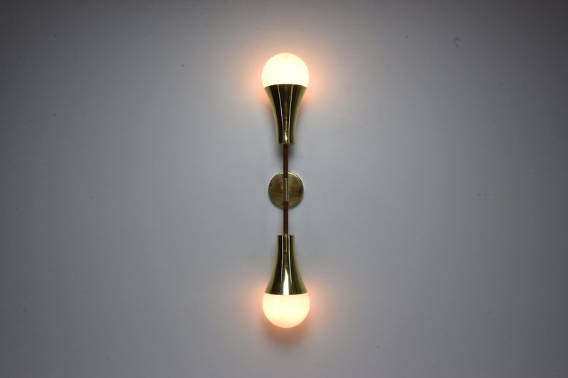 Ancora v contemporary brass wall light jonathan amar studio treniq 1 1562078810600