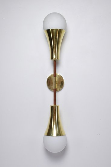 Ancora v contemporary brass wall light jonathan amar studio treniq 1 1562078810606