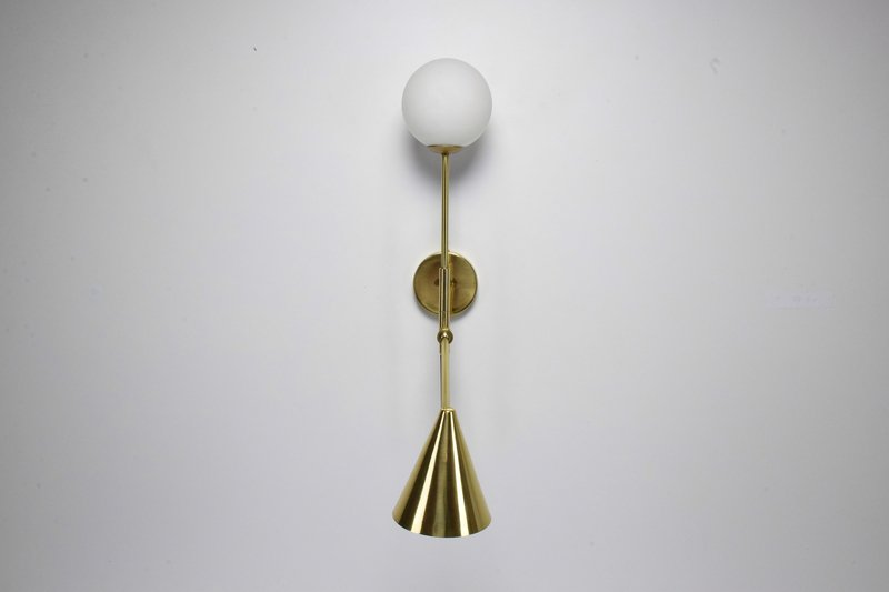 Ancora ix contemporary brass wall light jonathan amar studio treniq 1 1562084501847