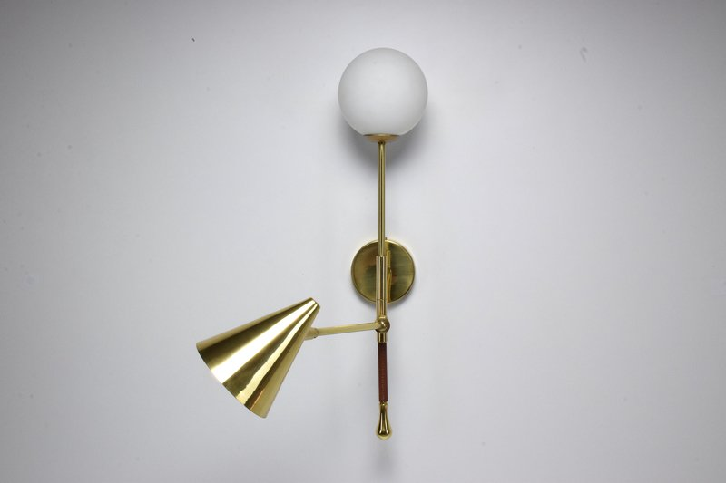 Ancora ix contemporary brass wall light jonathan amar studio treniq 1 1562084501846