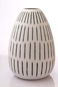 Anasa White Glass Cutting Vase