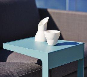 Time-Out-Side-Table5025-Aa_Cane-Line_Treniq_0