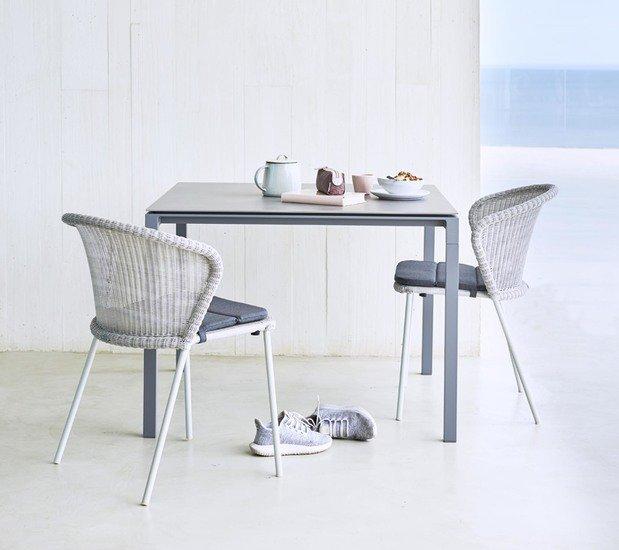 Table top 100x100 cmp088cb cane line treniq 1 1565692515630