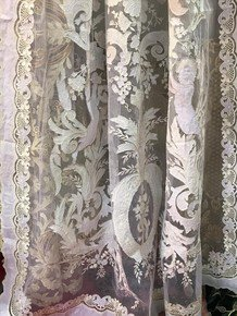 Curtain-Panels-Luxury_Passionhomes-By-Sarla-Antiques_Treniq_0
