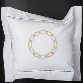 Hand Embroidered Bed Linen: Bijoux