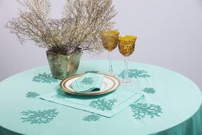Table Linen Hand Embroidered: Coraux