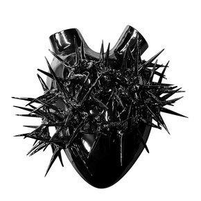 Black Biscuit Porcelain Heart