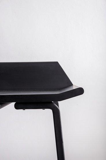 Aristo chair close up2 treniq